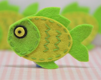 Set of 6pcs handmade felt fish--isle green (FT946)