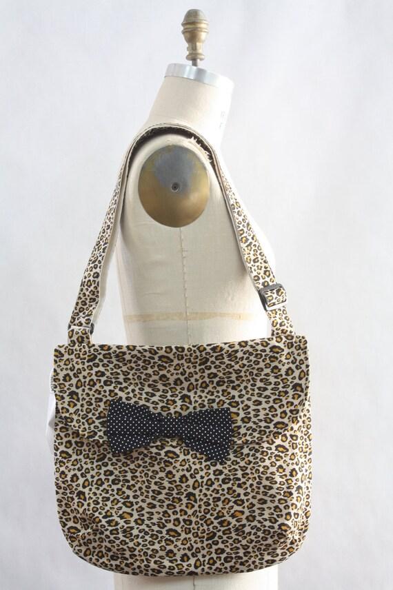 Messenger Bag Leopard Cheetah Cross Body Bag Purse