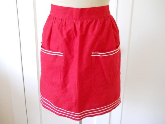 vintage 50s diner cotton half apron, bright tomato red with white rick rack trim,  two pockets