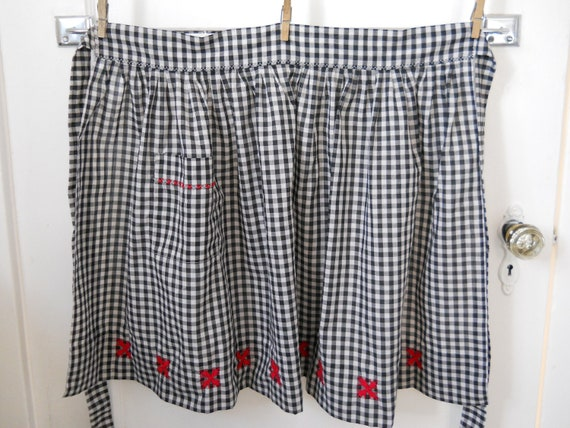 vintage farmhouse fresh gingham cross stitch pleated half apron, holstein cow black and white check, red appliques, pocket, county fair