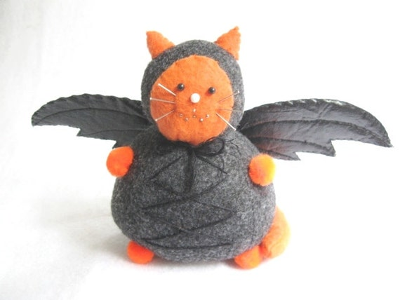 Pincushion cat, Halloween bat cat, Costume cat, Halloween decor, Sewing accessory, Silly cat gift, Cat collectible, Cute felt cat, MTO