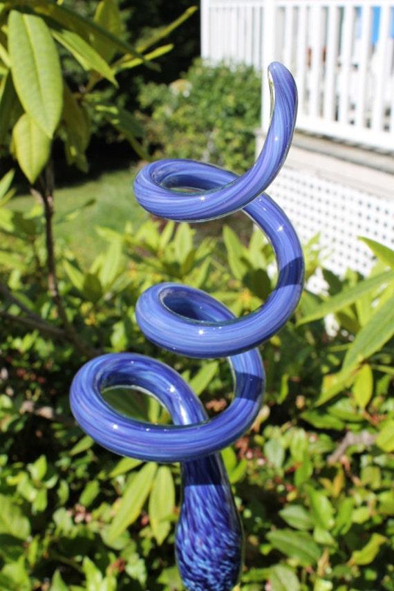 Hyacinth Purple Glass Sculpted Tigger Tail Garden Art Finial Outdoor Decoration Glass Garden Ornament