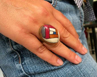 Adjustable Antique Finish Oval Graphic Ring.
