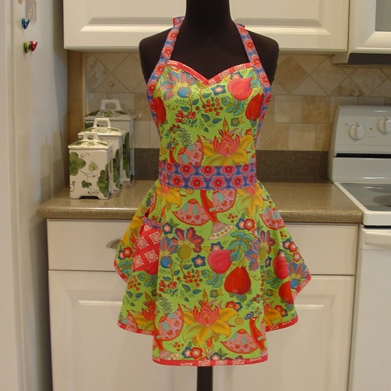 SweetHeart Apron - Malabar in Green with Macaw in Blue