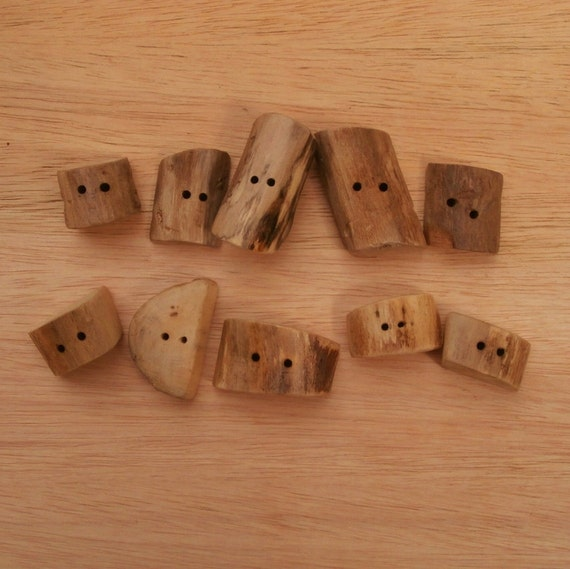 10 Drift Wood Sewing Buttons - Mixed Pack