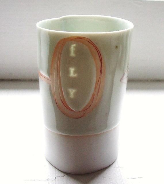 fly - Translucent porcelain cup