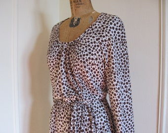vintage 1970s Cocoa and Creme Spotted Animal Print Dress - size large to extra large, l/xl