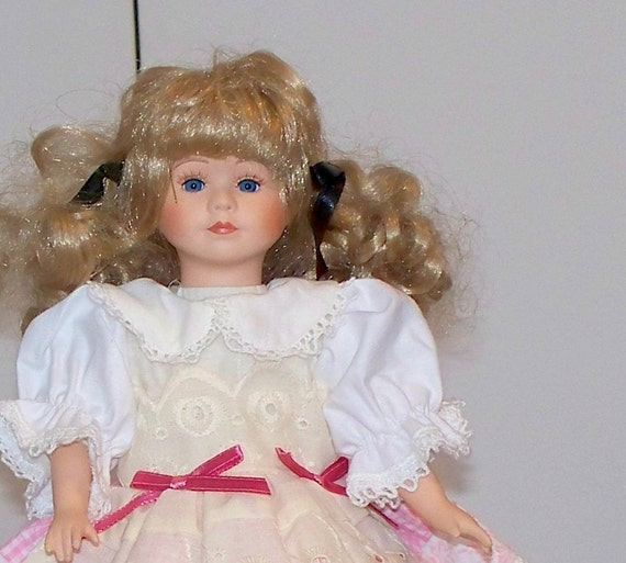 10 inch doll clothes - Eyelet doll dress fits 10 or 11 inch doll