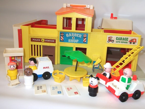 Vintage Fisher Price Play Family Village 1973 Vintage Fisher