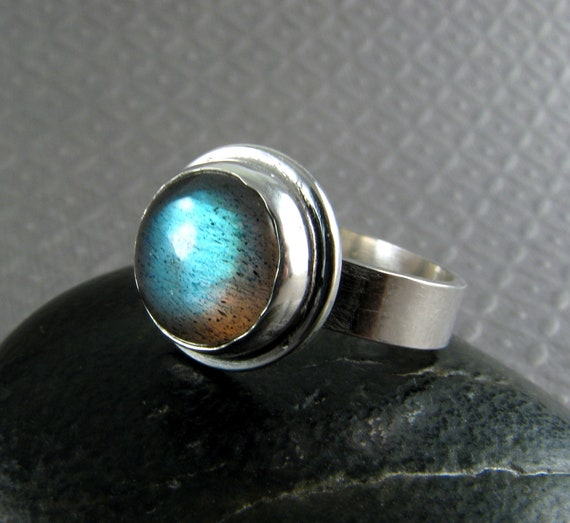 Labradorite Ring - Sterling Silver - Size 7 - Blue Labradorite Ring - Blue Cabochon Ring - Statement Ring