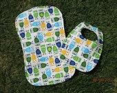 Owls & Argyle Print Reversible Bib and Burp Cloth Set