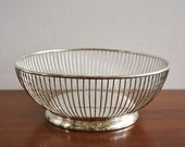Mid-century Modern silver-plated round vintage wire basket or fruit bowl