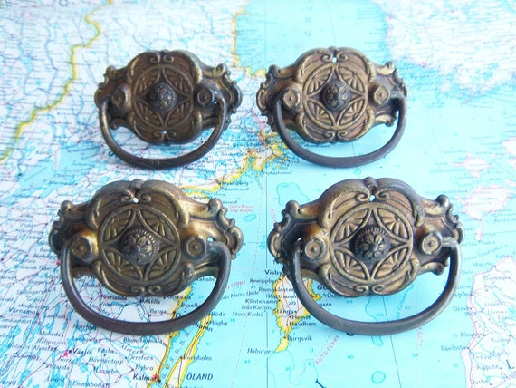 4 small vintage distressed ornate metal pull handles includes hardware