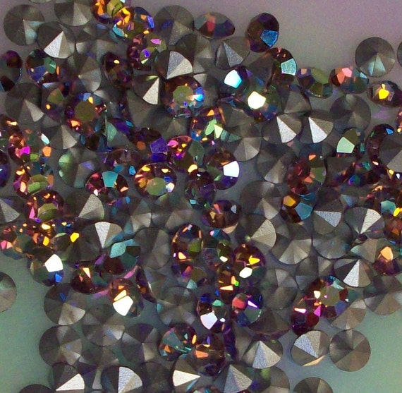 Lot of one Gross or 144 Pieces Of vintage Swarovski Light Amethyst AB Stone Size 24 or 5mm Chatons