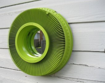 Slide carousel mirror- electric lime