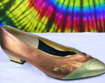 7-7.5 vintage 80's metallic leather MAGDESIANS studded pumps shoes wide