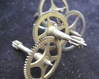 Steampunk Supplies Large Watch Clock Parts Cogs  gears wheels vintage GR 29