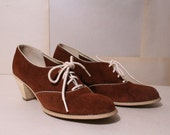 Vintage Shoes / Suede Oxfords /  Sz 7 / 1960s