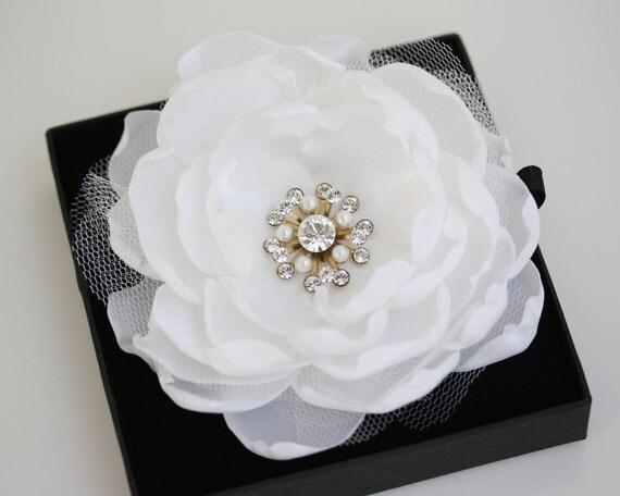 Custom order for svillahermosa  Bethany Hair Flower, sorrell earrings and Katrina bracelet