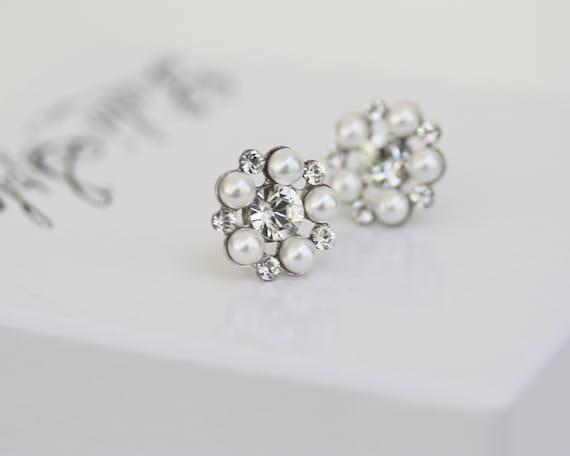 Pearl Stud Earrings,  White Pearl and rhinestone Post earrings , Small Bridal earrings, Wedding Jewelry, PARIS STUD EARRINGS