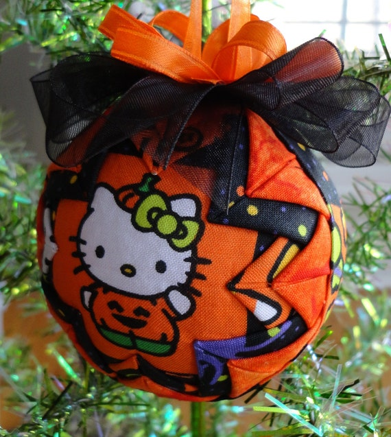 HELLO KITTY Quilted Star Halloween Ornament
