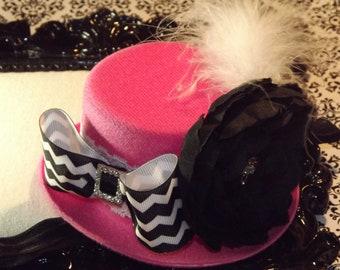 Mini Top Hats, Baby Headbands, Baby Girls Headbands, Newborn Headbands, Mini Top Hat, Fascinator, Mad Hatter, Pink, Baby headband
