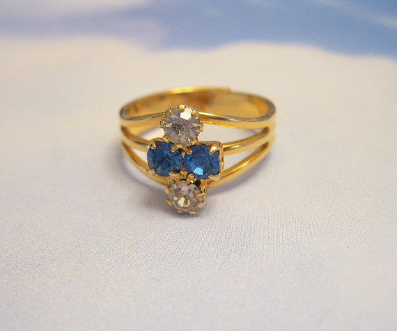 Vintage Rhinestone Ring Sapphire Crystal Adjustable Goldtone