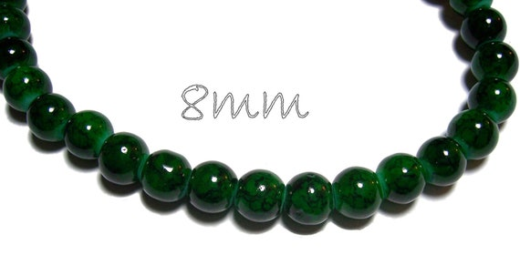8mm Glass Beads in Green 25