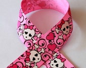 7/8 Rockabilly Swirl Skulls on Bubble Gum Pink Grosgrain Ribbon 3 yards