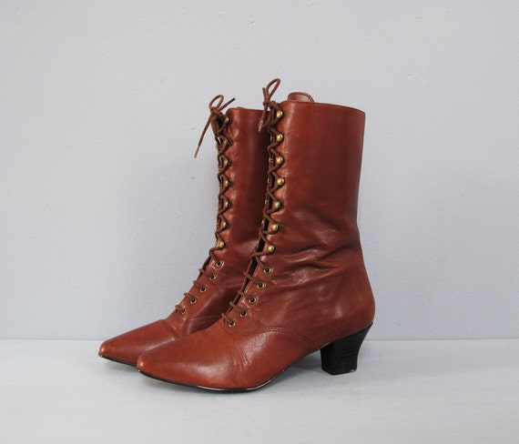 vintage BROWN granny lace up boots 7