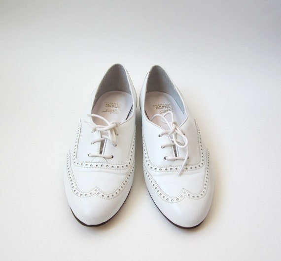 1980's Bass White Oxfords Shoes Size 7.5