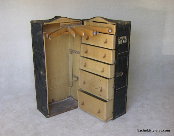 1930s Industrial Steamer Trunk Bedroom Bath By BarnOwlGoods