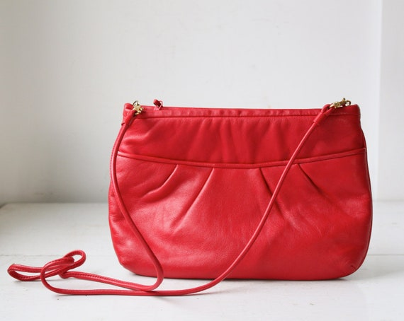vintage 1980s red leather handbag. Crossbody or clutch by Nordstrom. Fall purse. Back to school / the CANDY APPLE bag
