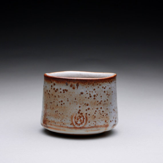 yunomi - teacup - pottery cup with layered shino glazes