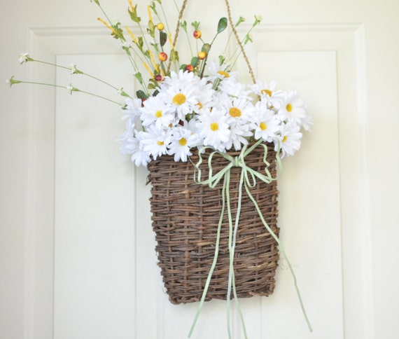 Front Door Baskets: Wall Basket With White Daisies Summer Decor Front Door