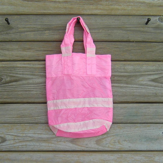 Parachute Bag: Small Pink and White Slider
