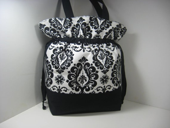 Insulated Lunch Bag Tote, Large - Damask in Black and White