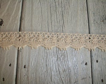 Torchon Crochet Trim in NATURAL ( no.5 )-3/4 inch-3 yards for 2.69