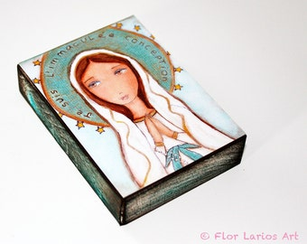 Je Suis L'immaculee Conception - Giclee print mounted on Wood (5 x 7 inches) Folk Art  by FLOR LARIOS