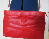 Red Bombshell Vintage Purse & Matching Wristlet