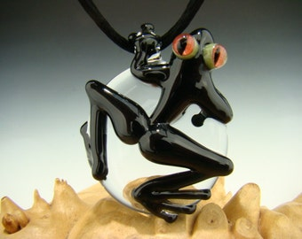 Black GLASS FROG Pendant Red Eye lampwork Boro bead sun catcher VGW