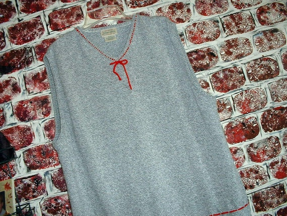"""Heather Gray/Grey & Red Jumper from """"Pretty in Plus"""" Size XL"""