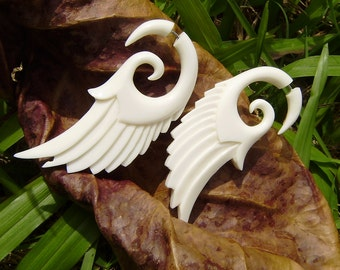 Fake Gauge Earrings, Wing, White Bone , Angel Wings, hand Craved ,tribal style,naturally,organic