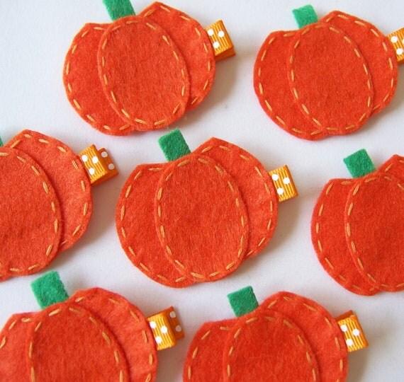 SALE Orange Pumpkin Felt Hair Clip - Cute Fall and Halloween Clippies - seasonal felt hair bows