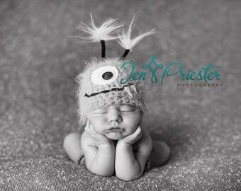Green Monster Newborn Baby Hat, Knit Baby Hat, Newborn Baby Hat, Photo Prop, Photography Prop, Little Monster