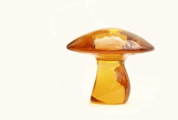 Vintage-American- Viking Art Glass-Mushroom