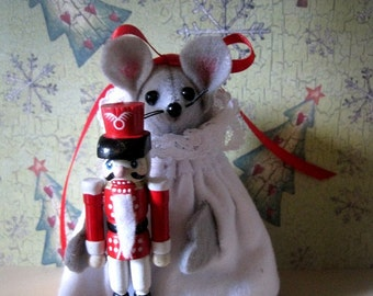 Felt Mouse with Nutcracker! NEW LOWER PRICE
