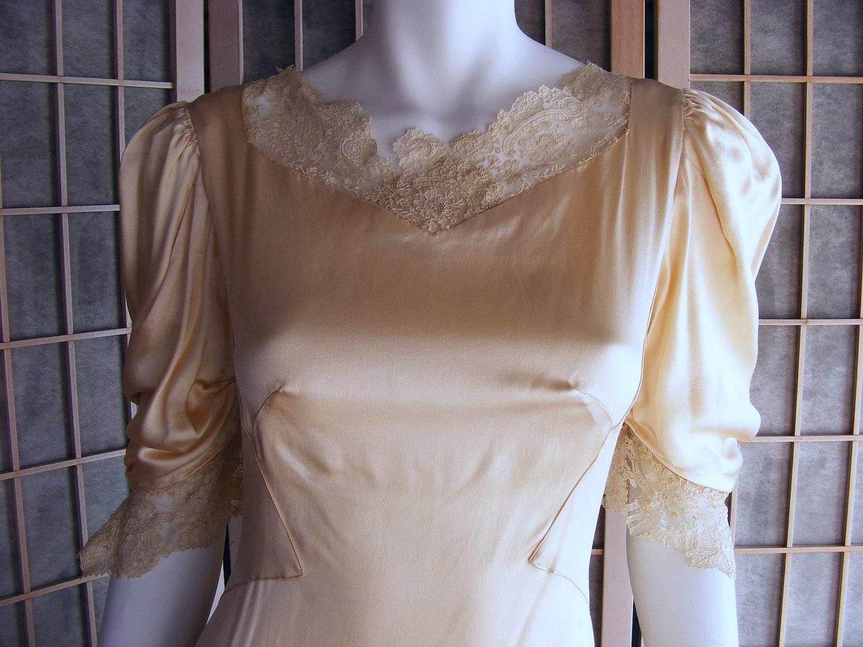 Classic Wedding Dress Satin: 40s Vintage Slipper Satin Wedding Dress In Ivory ON SALE