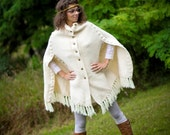 SALE: Vintage hand knitted poncho
