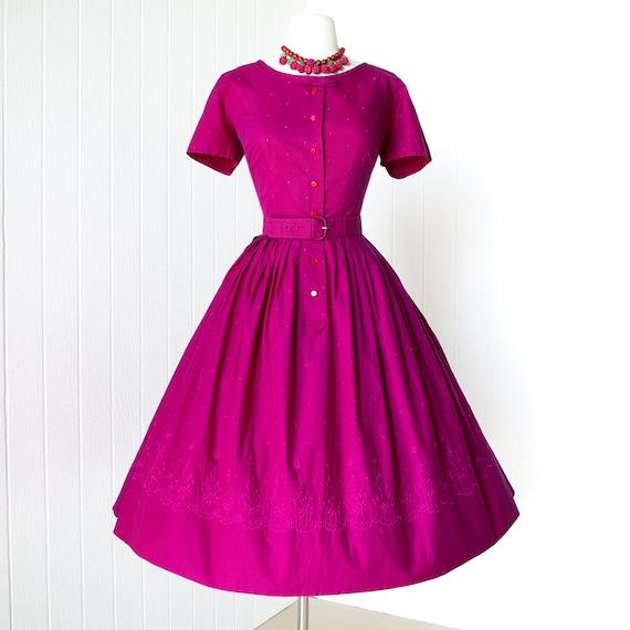 SALE 25 percent off with code vintage 1950's dress ...SMARTCRAFT EMBROIDERED floral raspberry cotton full skirt shirtwaist dress l xl